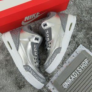 Nike Air Jordan 3 Premium Sneakers